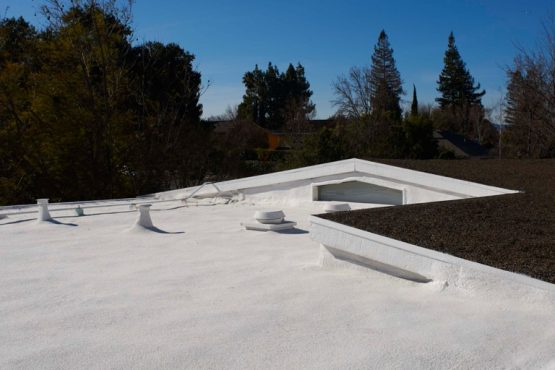 flat roof with spf roofing system